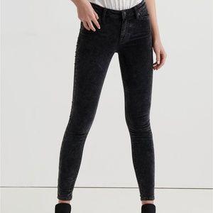 Lucky Brand Ava Mid Rise Skinny Velvet Jean 2/26